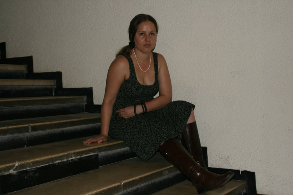 על מדרגות בית הסופר - אוקטובר 2013